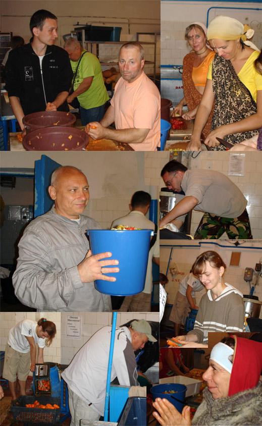 Бхакти Сангама 2010: винничане помогают на кухне Кришны