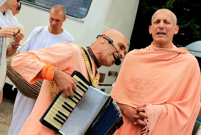 Сварупа Дамодара и Нитьянанда Рай прабху